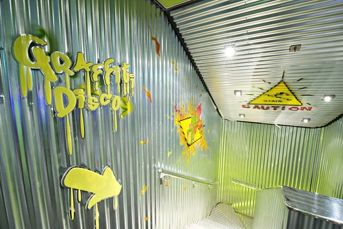 SP_disco_teen_graffiti_01