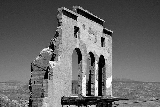 Tetro, Jerome, Arizona (runied building)