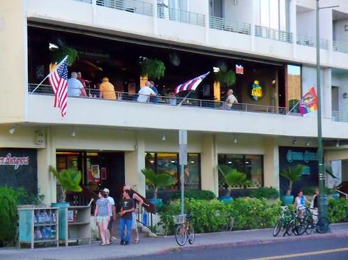 Hula's Bar and Grill - Waikiki (on Kapahulu Avenue)