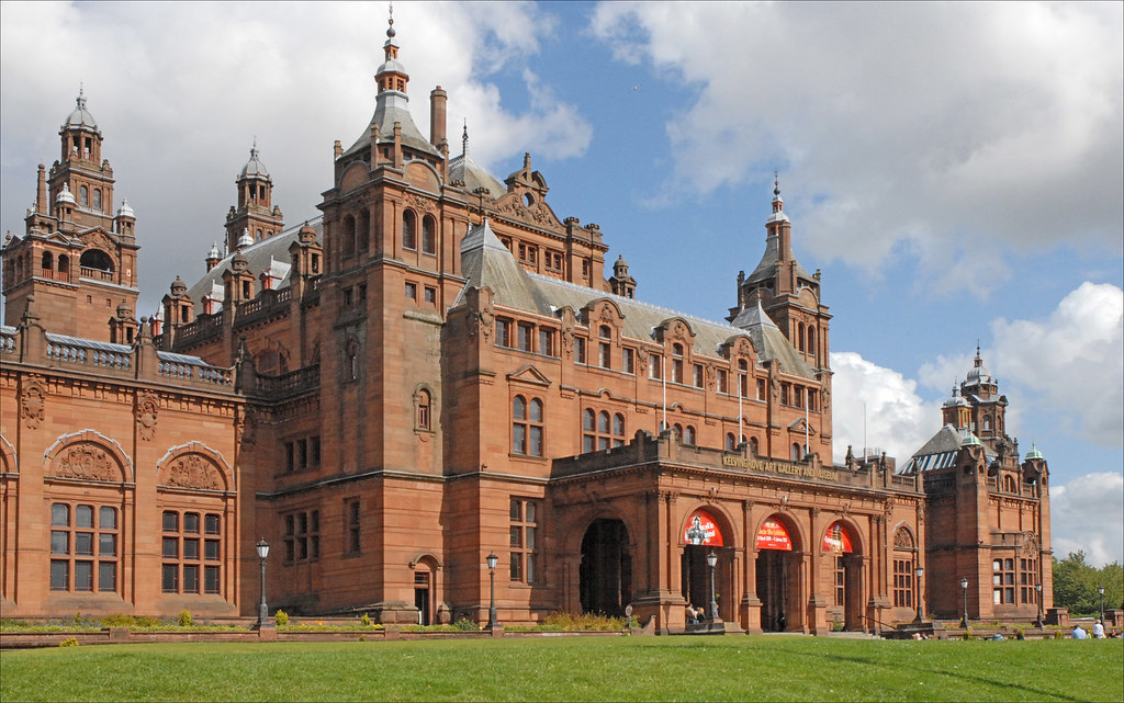The Kelvingrove art gallery and museum (Glasgow) by dalbera, on Flickr