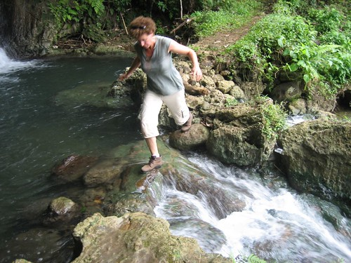 Laura navigates a stream, Asanvari