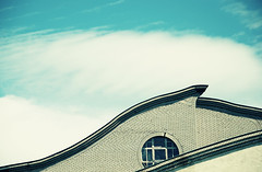 (agarob) Tags: blue roof sky white building window circle acid curves cluds d80