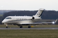 HB-JGQ - Private - Bombardier BD-100-1A10 Challenger 300 - Luton - 090312 - Steven Gray - IMG_1245