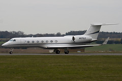 N671LE - 5130 - Private - Gulfstream G550 - Luton - 090331 - Steven Gray - IMG_2669