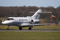 EI-KJC - 258805 - Private - Raytheon Hawker 850XPI - Luton - 090404 - Steven Gray - IMG_3155