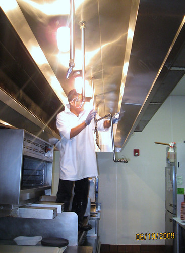 Restaurant Cleaning Outsourcing