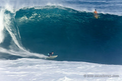 Surfboard shaper Wade Tokoro on a huge wave at Pipeline, on the north shore of Oahu, Hawaii. (Sean Davey Photography) Tags: pictures wild usa nature danger hawaii amazing dangerous natural oahu surfing alternativeenergy northshore curl aquatic pipeline bigwaves perilous renewableenergy greenenergy greenpower oceanwaves amazingnature seawave alternativepower stormsurf waterocean hugewaves stormwaves oceanswell seawaves hugesurf awesomenature h30 northshoreoahu surferswave endlessenergy surfboardshaper oceanpower renewablepower seaswell majesticnature incrediblenature dangeroussurf wavesofthesea powerfulwaves curlingwave wavesenergy seawaveenergy oceanwavepower oceanenergy oceanwaveenergy seapowermarine oceanwavepictures energyfromtheocean oceanenergyresources wavesoftheoceanwave endlesspower periloussurf wadetokoro