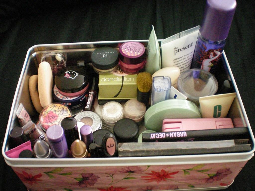Makeup Tin (Again!)