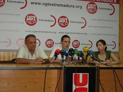 Rafael Cañete, Secretario de Acción Sindical, Andrés Licerán, Secretario de Organización y Lourdes Ortiz, Delegada Sindical
