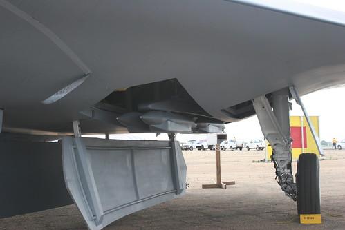 الطائره x-47b الخفاش المجنح تقوم