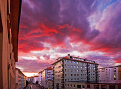 Room with a view (Morten Hoff) Tags: street houses sunset sky colors norway clouds buildings norge colours vivid hordaland nordnes strandgaten anawesomeshot superaplus aplusphoto hordalandfylke