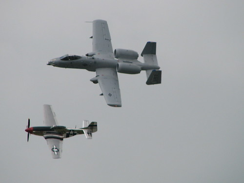 Airplane picture - A-10 Thunderbolt & P-51 Mustang - Heritage Flyby