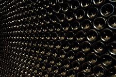 Vinum sanus (dani.Co) Tags: españa de bottle spain darkness wine explore spanish pile bodega cave 2009 botella vino reserva español oscuridad castilla pila ribera castillaleón duero tempranillo tintofino duratón explored granreserva danico sotillodelaribera valsotillo 2009riberadeduero