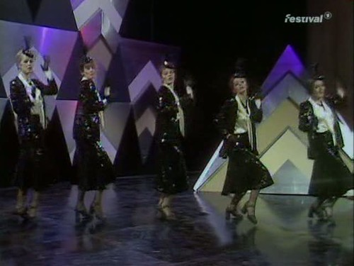 Top of the Pops (25 December 1974) [TVRip (XviD)] preview 12