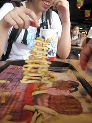 leaning tower of fries (s m i f f) Tags: ketchup frenchfries leaningtower