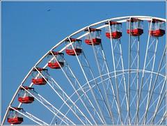 Navy Pier (Vi) Tags: blue usa chicago azul geotagged illinois il eua doubledecker gettyimages rodagigante ferriswheels 3way besttour chicagotrolley maio2009 geo:lon=87609894 29052009 geo:lat=41891183 3wayferriswheel