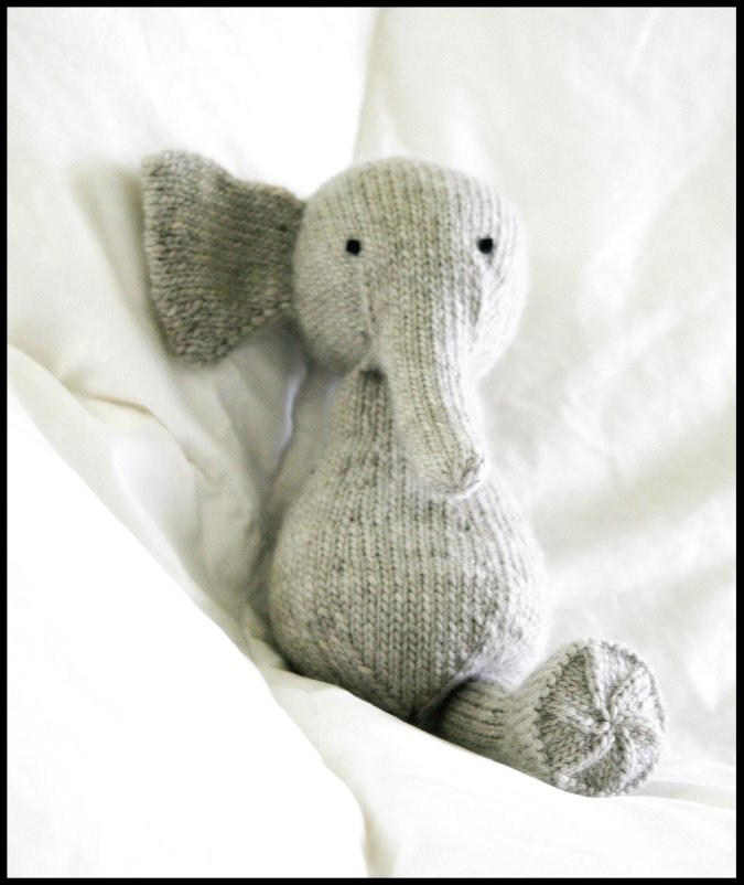 Never Not Knitting: New (Deformed) Elephant Friend