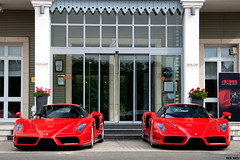 Ferrari Enzo duo (Tex Mex (alexandre-besancon.com)) Tags: red france duo meeting ferrari dolce enzo rosso supercar chantilly corsa supercars