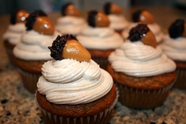 acorn cupcakes2
