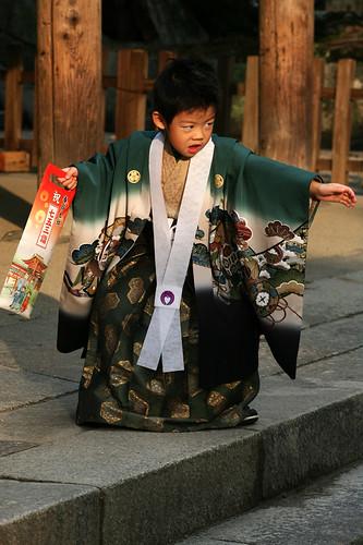 Nara Дети они и в Японии дети