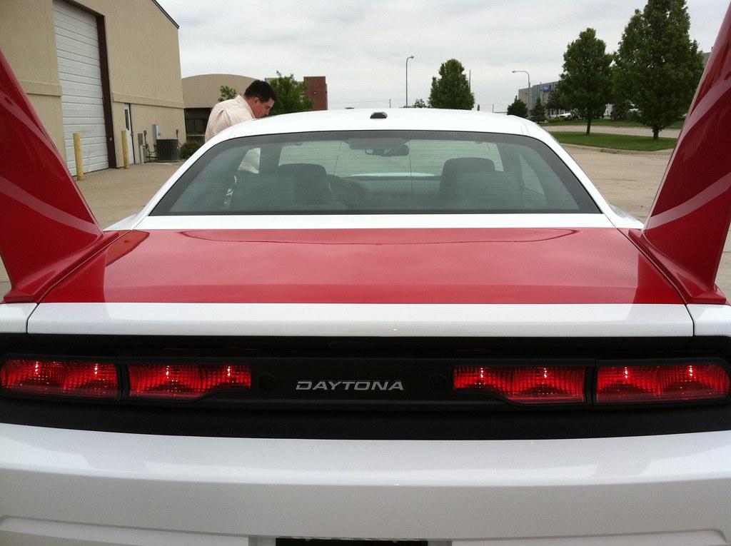Dodge Challenger Tail Light Kit