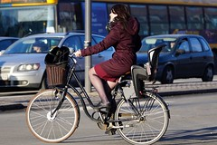 So look out for those beauties oh yeah (os♥to) Tags: sony alpha77ii a77ii ilca77m2 february2017 bike bicycle cykel fahrrad bici vélo velo bicicleta fietssykkel rower street candid streetphotography people