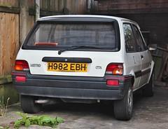 H982 EBH (Nivek.Old.Gold) Tags: 1990 rover metro gta 3door 1396cc mantles royston