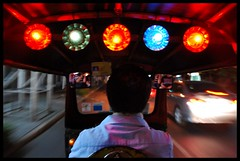 Tuk Tuk Time ! (BNSXB) Tags: road street light speed thailand bangkok route tuktuk rue thailande