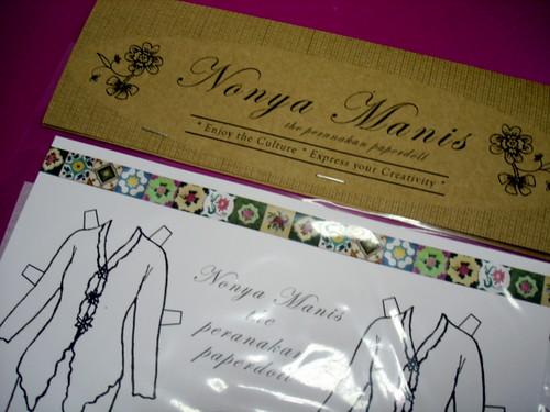 Nonya Manis the peranakan paperdoll