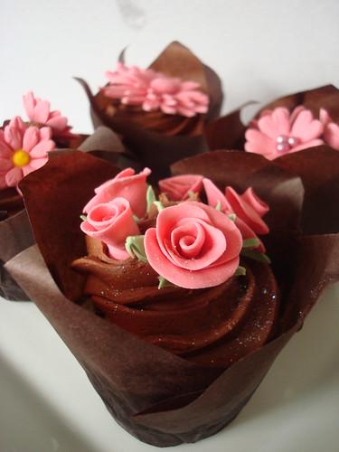 Hand made fondant flowers