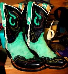 Jennifer June's boots (Mr. David Rogerson) Tags: june boot cowboy jennifer country cowgirl pascal wingtip riff lacing dimlight raff shitbird