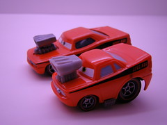 CARS Snot Rod Bros (jadafiend) Tags: cars kids grey dj disney plastic racers collectors mack comparison theking boost wingo tunerz haulers 2packs lightningmcqueen miniadventures dinoco pistoncup chickhicks snotrod speedwayofthesouth tankcoat nostall teamhtb
