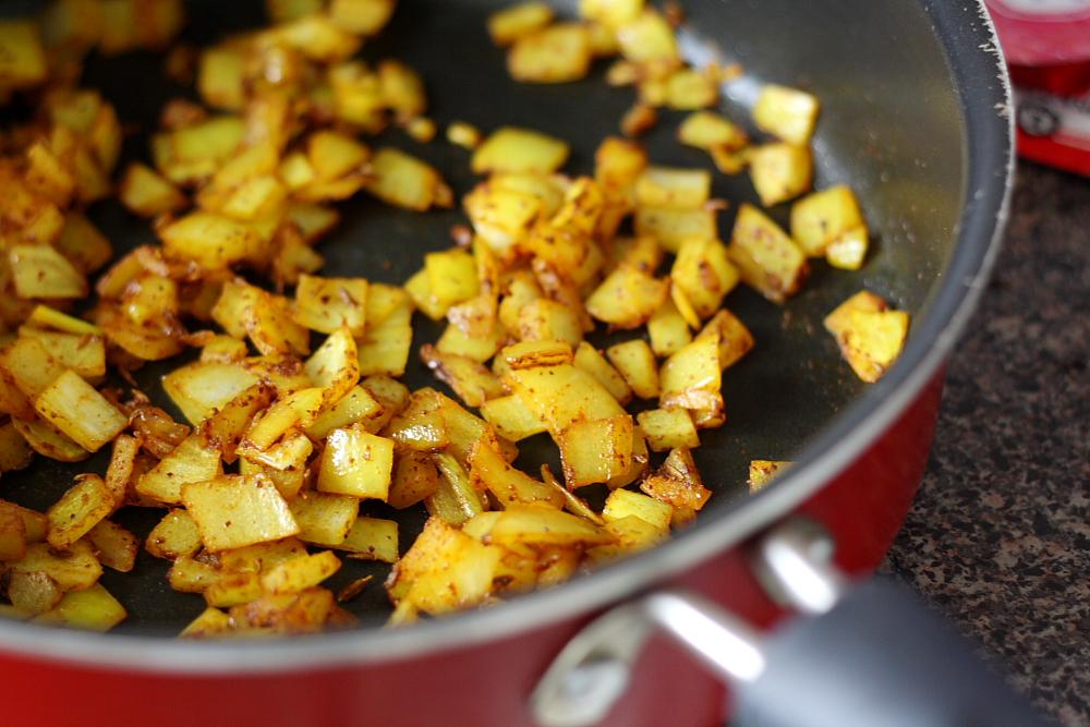 Bittersweets: Potato Methi (Fenugreek) Curry