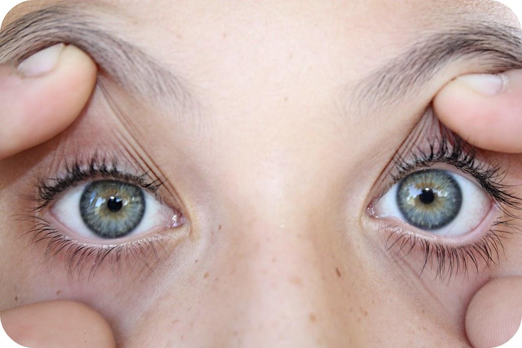 1 eye macro 044