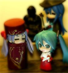 mikku...miko. (totorons) Tags: japan photoshop tokyo nikon buddha  ova hatsune kagami  miku japanesetea d90 luckystar konata  nendoroid    vocaloid