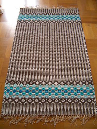 Flower rug