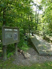 Sentinel trail sign (sfgamchick) Tags: statepark illinois savanna illinoisstatepark mississippipalisades mississippipalisadesstatepark