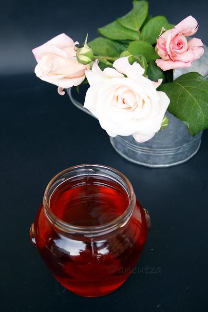 ricetta con foto acqua di rose in cucina