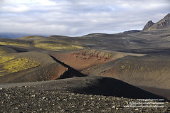 Valagja shs_n2_078872 (Stefnisson) Tags: red de landscape island volcano iceland islandia volcanic sland vulcano islande fissure pumice volcan vulkan vulkaan volcn islanda fjallabakslei ijsland nyrri fjallabak rauaml gj valagj dmadalslei fjallabaksleid nyrra stefnisson flallabakslei domadalsleid valagja gossprunga