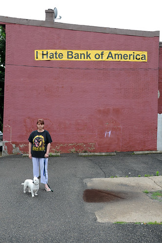 cheryl and shorty I hate bank of america_3374_2 web