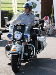 030. Police Rodeo - Charleston County SO (rivarix) Tags: motorcops highwaypatrolofficer motorcylepolice charlestoncountysheriffsoffice 2009chesapeakebaypolicerodeoskillscompetition
