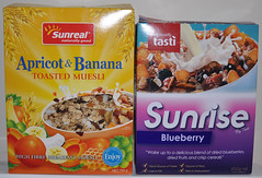 Cereals - window - decision making (oLorrain) Tags: newzealand box example nz packaging cereals package fentre ux examples baddesign tasti userexperience cardboardbox muesli exemple gooddesign decisionmaking prisededcisions sunreal boiteencarton mauvaiseconception bonneconception