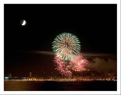 Fuegos desde el Cabo (Ins Gil H) Tags: noche paisaje largaexposicin paisajenocturno