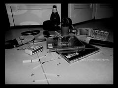 mess (paz&thebrokenhearts) Tags: mess adolescente desastre vanalidad