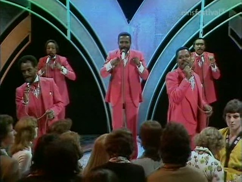 Top of the Pops (20th March 1975) [TVRip (XviD)] preview 4