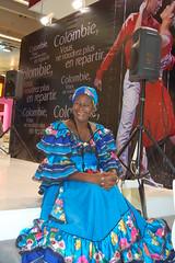 Una mujer caribeña de Colombia, tal cual es su alegría