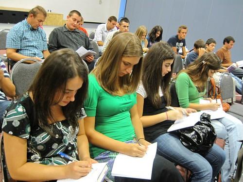 Tineri la seminarul din Charlotte, NC