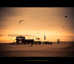 St. Peter-Ording - North Sea trip 2009 (oliver's | photography) Tags: sunset sky beach strand photoshop canon eos abend flickr raw image sommer awesome  sigma adobe dslr nordsee schleswigholstein lightroom copyrighted strandhaus digitalcameraclub supershot inspiredbylove pixelwork totalphoto photographyrocks artandinspiration canoneos50d platinumphoto flickraward flickrdiamond adobephotoshoplightroom theunforgettablepictures eliteimages betterthangood thebestofday sigma1770mmf2845dchsm september2009 alemdagqualityonlyclub flickrlovers grouptripod doubledragonawards magico touch extentelement oneofmypics flickraward pixelwork09photography asbeautifulasyouwant oliverhoell framephotoscape stpeterordingnorthseaholiday allphotoscopyrighted