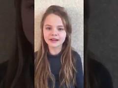 شاهد طفلة أوكرانية تتلو سورا من القرآن الكريم (ahmkbrcom) Tags: القرآن الكريم