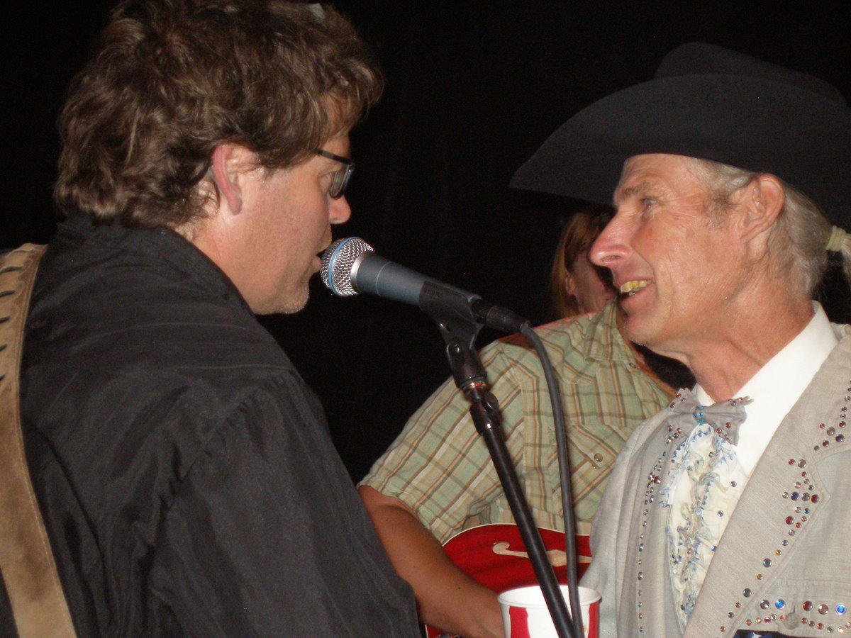 "Joe West & Mike the Can Man sing ""Okie from Muskogee"""
